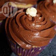 Cobertura de chocolate para bolo e cupcake @ allrecipes.com.br