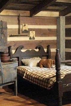 Like everything about this room but would rather have an old iron bed. Like everything about this room but would rather have an old iron bed. Primitive Homes, Primitive Bedroom, Primitive Furniture, Primitive Country, Primitive Antiques, Country Furniture, Prim Decor, Country Decor, Primitive Decorations