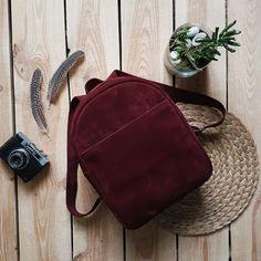 Бордовый рюкзак из мягкой замши насыщенного оттенка Argo