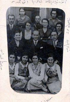 Atatürk öğrencilerle