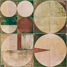 The Abstract Art of Crop Circles | T-shirt & Jeans