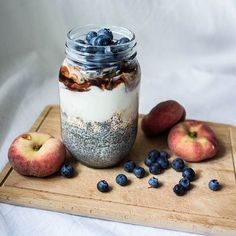 Todays breakfast to go for work: bottom layer is vanilla chia pudding topped with puffed amaranth almond yogurt chocolate sauce and last but not least blueberries #vegan #vegetarian #foodie #foodporn #whatveganseat #veganfoodshare #vegangirl #healthy #fitfood #vitamins #summer #nofilter #nomnom #food #breakfast #parfait #blueberry #peach #almond #chocolate