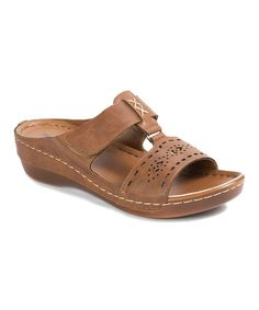 Complete your warm-weather ensemble with flair in this pair flaunting flirty cutouts and a neutral hue. Flat Sandals, Flats, Flat Shoes, Women's Shoes, Womens Slippers, Ladies Slippers, Pierre Dumas, Leather Design, Huaraches