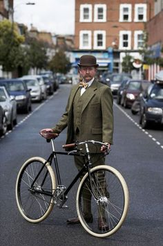 Tweed Ride, Run And Ride, Plus Fours, Tweed Suits, Deconstruction, Traditional Dresses, Gentleman, Cycling, Menswear