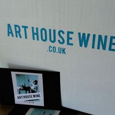 Buy Italian red, white, rose, sparkling wine online in England, UK