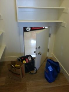 Sorry the picture is Blurry! Loved that this little door was in the walk in pantry... a PASS through from the garage to unload groceries into the pantry from the car!