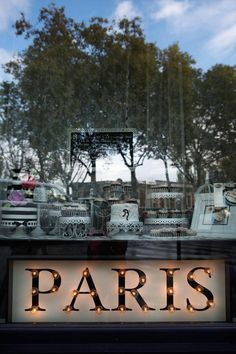 Ta en høsthelg i den franske hovedstaden og gå over til øyene midt i byen.