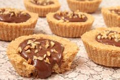 I Biscotti alla Nutella senza cottura sono dei deliziosi dolcetti che non necessitano di cottura e che si realizzano in poco tempo, facili e troppo golosi!!