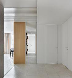 hallway Interior Design, Interior Ideas, Divider, Room, Furniture, Home Decor, Nest Design, Bedroom, Decoration Home