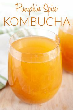 Pumpkin Spice Kombucha (vegan, gluten free) - This homemade kombucha is fall in a bottle! It's a great non alcoholic option for the holidays. #kombucha #kombucharecipes