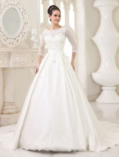 Glamour Ivory A-line Scoop Neck Flower Chapel Train Bridal Wedding Gown