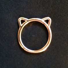 ✨Brand new✨ So cute! Kitty cat ring in rose gold, size 7. Have four available. Boutique prices firm unless bundled. Meow . . .