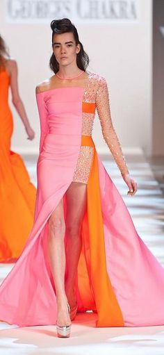 This is intense but for some reason i keep going back to it. Georges Chakra - Haute Couture Spring 2013 Fashion Week
