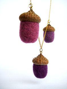 needle felted jewelry | acorns - Needle felt acorn necklace Autumn accessory Woolen jewelry ...