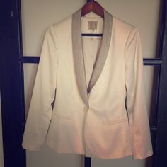 Guess cream and silver blazer Cream and silver evening blazer by Guess. Cream body with silver lapels. Single button closure. Size 10. Looks amazing over a black evening dress. Worn once. Jackets & Coats Blazers