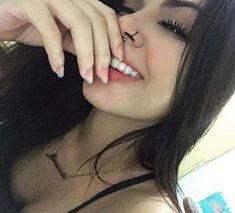 Read Dama from the story A Nova Moradora Do Morro Do Alemão by amedrontei (Naju) with reads. Girl Photo Poses, Girl Photos, Tattoo Asian, Tumblr Selfies, Piercings Bonitos, Cute Piercings, Selfie Poses, Girl Inspiration, Grunge Hair