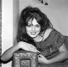 Beautiful Outfits, Beautiful Women, Brigitte Bardot, Vintage Photographs, New Life, Ikon, Black And White Photography, Old Photos, Dreadlocks