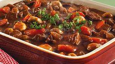 Ir marhaporkolt Meat Recipes, Beef, Food, Red Peppers, Meat, Essen, Meals, Yemek, Eten