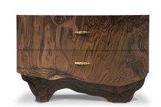 Der Nachttisch aus der phantastischen Kollektion Huang von BRABBU. Mit diesem äußerst exklusiven Möbel bieten die Portugiesischen Designer und Ihr Team von äußerst kunstfertigen Handwerkern eine Werkschau im besten Sinne. Feinste...