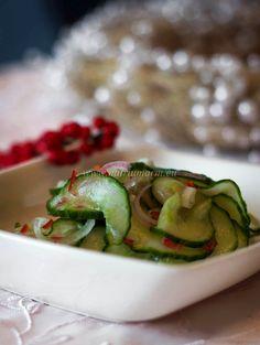 Kidney friendly christmas menu part II: Sweet and sour cucumber salad (in Dutch with translator) Low Sodium Recipes, Cucumber Salad, Avocado Toast, Foodies, Menu, Vegetables, Breakfast, Sweet, Dutch