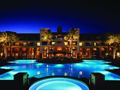 The Fairmont Scottsdale Princess has come to reflect the dynamic environment that surrounds it where sun-washed stone and bright green cottonwoods rise up to meet the pale-blue sky and majestic purple mountains. This magnificent resort is scenically set against the backdrop of Arizona's McDowell Mountains and pays tribute to Arizona's Spanish Colonial heritage