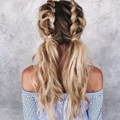 50 Trendy Dutch Braid Frisur Ideen, um Sie cool zu halten - Neue Damen Frisuren, 50 Trendy Dutch Braid Frisur Ideen, um Sie cool zu halten Cada vez mas mujeres nos animamos a utilizar el cabello corto aunque seamos sinceras simply no es para cualquier. Blonde Hair Inspiration, Hair Inspo, Curly Hair Styles, Colored Hair Styles, Hair Braiding Styles, Long Hair Ponytail Styles, Hair Down Styles, Medium Hair Styles, Braided Ponytail