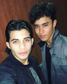 Read primera cita - erick from the story CNCO zodiaco by nathalyrdelgado (Naty Delgado) with reads. Love You Papa, My Love, Italian Problems, Story Instagram, Instagram Posts, Twitter Bio, Joel Osteen, Being Good, Best Friend Goals