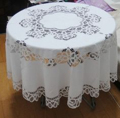 White  Handmade Buttonburg Lace  Embroidered  Tablecloth, Round , Free shipping-in Table Cloth from Home & Garden on Aliexpress.com bulk price $34.92