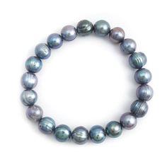 Koop de mooiste parel armbanden, oorbellen en colliers bij de leukste sieraden webshop van Nederland met altijd vriendelijke en perfecte service.