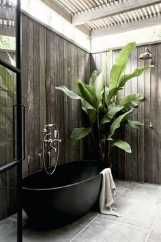 The Cabin ~ Indoor / outdoor bathrooms have always been on the top of our design wish lists . this beautiful tub is by our friends… Indoor Outdoor Bathroom, Outdoor Baths, Decoration Inspiration, Bathroom Inspiration, Style Bali, Bar Patio, Byron Beach, Concrete Patios, Sense Of Place