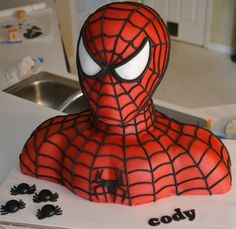 Awesome Spiderman Cake by arielatln from CakeCentral.com