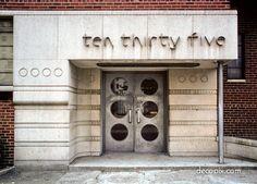 Decopix - The Art Deco Architecture Site - Streamline Moderne Gallery Art Deco Stil, Art Deco Home, Architecture Details, Interior Architecture, Interior Design, Art Nouveau, Modern Entrance Door, Estilo Art Deco, Streamline Moderne