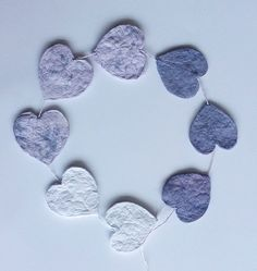 hearts from waste paper | harten van papierafval | no glue, no paint, only paper