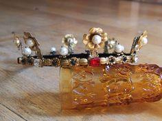 SCA Coronet for a Drachenwald Countess  https://www.facebook.com/evajohanna.arts.crafts