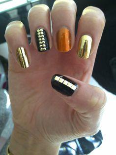 cool metallic mani #mani #manicure #naildesign