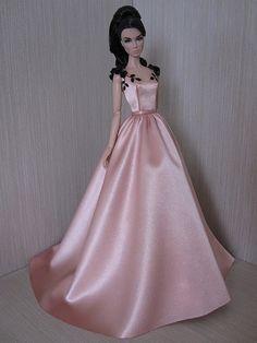 Изображение Barbie Wedding Dress, Barbie Gowns, Barbie Dress, Sewing Barbie Clothes, Barbie Clothes Patterns, Barbie Costume, Love Couture, Fairy Clothes, Creation Couture