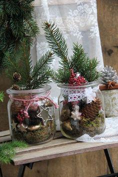 Alte Weckläser und weihnachtlicher Tüddelkram eignen sich perfekt zum dekorieren.