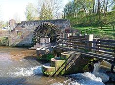 Wissembourg (Bas-Rhin) : écluse et roue à aubes du moulin de la Walck.
