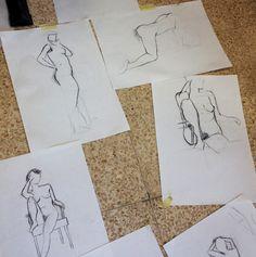 Algunos dibujos de desnudo.