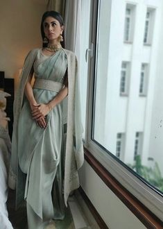 Best Trendy Outfits Part 1 Indian Outfits Modern, Indian Fashion Dresses, Dress Indian Style, Indian Gowns, Indian Wedding Outfits, Indian Designer Outfits, Indian Attire, Saree Draping Styles, Saree Styles