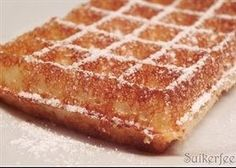 origineel recept brusselse wafels Great Desserts, Mini Desserts, Delicious Desserts, Yummy Food, Dutch Recipes, Baking Recipes, Cookie Recipes, Dessert Recipes, Beignets