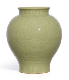 A FINE AND RARE CELADON-GLAZED 'KUI DRAGON' JAR<br>SEAL MARK AND PERIOD OF QIANLONG | Sotheby's