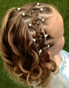 Young girls hair