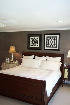 Dark Wall Color Scheme and Classic Elegant Wood Bed Furniture Sets in Eclectic Bedroom Decorating Ideas Simple and Neutral Decoration in Mod...