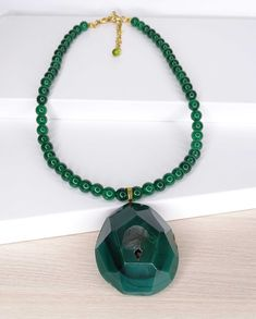 Beaded Necklace, Jewelry, Short Necklace, Natural Stones, Beading, Pendants, Crystals, Gold, Green