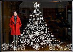 Snowflake Christmas tree | Albero di Natale disegnato con i fiocchi di neve | Visual merchandising.