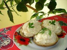 Cartofi copti cu branza Mashed Potatoes, Grains, Rice, Ethnic Recipes, Food, Whipped Potatoes, Smash Potatoes, Essen, Meals
