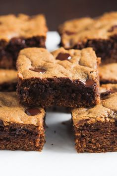 These healthier Chocolate Chip Cookie Bars are made with whole wheat flour, coconut sugar and semi-sweet chocolate chips. It's delicious!
