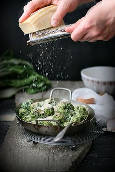 Rabatòn- gnocchi di ricotta ed erbette | Flickr - Photo Sharing!. #food #photography https://www.flickr.com/photos/105944088@N03/17102467351/in/photostream/ ❤️