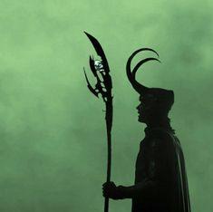 Loki Thor, Loki Laufeyson, Tom Hiddleston Loki, Loki Avengers, Loki Aesthetic, Dark Green Aesthetic, Loki Wallpaper, Lady Loki, Marvel Dc